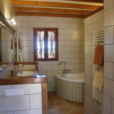 badkamer vakantiehuis le chene domainelespins